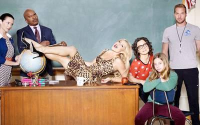 Самые горячие учительницы и школьницы из сериалов