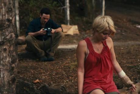 Channel 4 запускает сериал на основе инди-хоррора «Монстры»