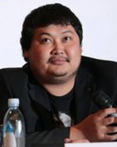Аскар Узабаев фото