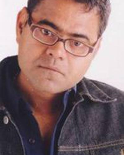 Санджай Мишра фото