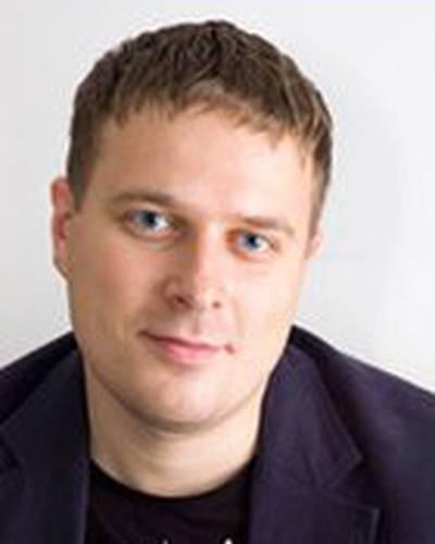 Илья Попов фото