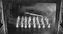 "Кадр из фильма ""Бриллианты"" - 2"