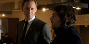 Том Хиддлстон присматривается к роли детектива-киборга