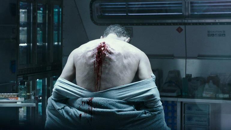 Майкл Фассбендер впервом трейлере «Чужого: Завет»