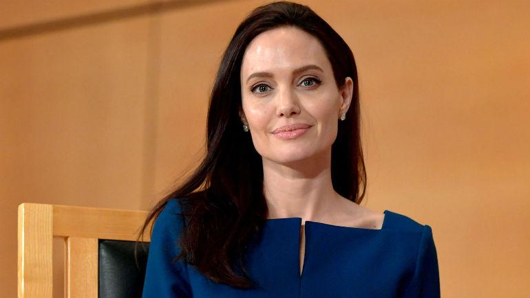 Анджелина Джоли, 2017 год