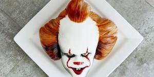 Хотите тортик в виде страшного клоуна из «Оно»?