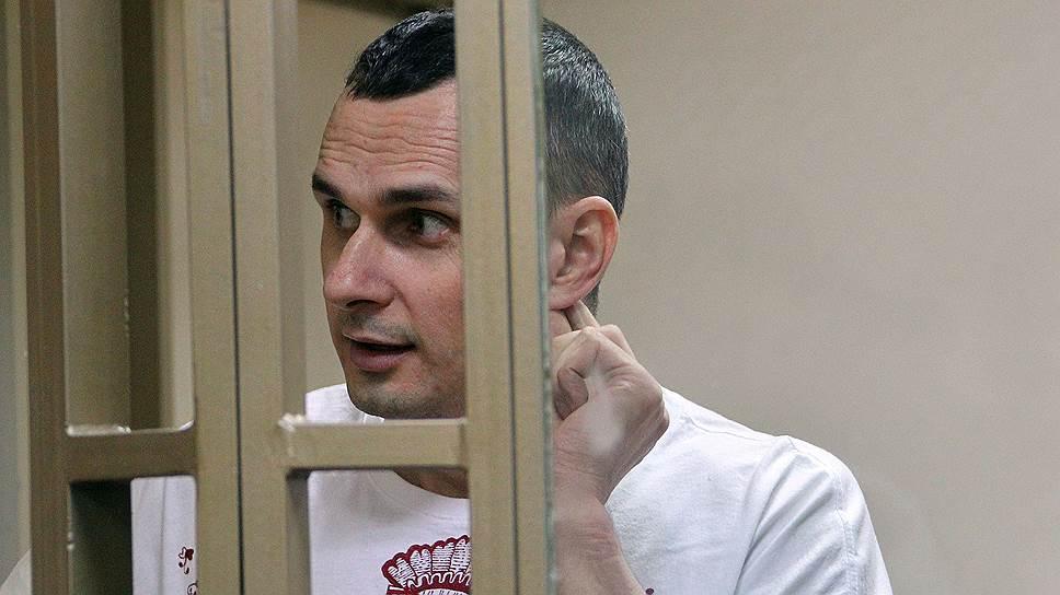 Олег Сенцов в российском суде. Источник: kommersant.ru