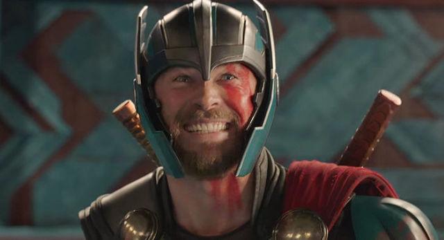 Крис Хемсворт в образе Тора