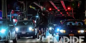 Киану Ривз верхом на коне: эксклюзивный кадр из «Джона Уика 3»