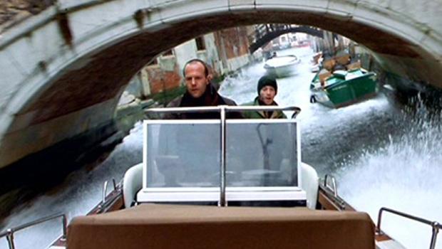 Гонка на лодках
