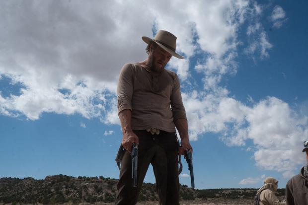 кадр из фильма Джейн берет ружье