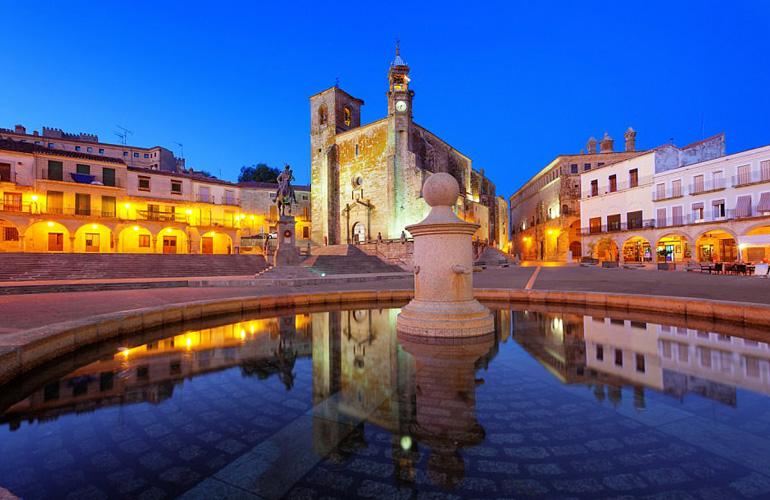 Касерес, Испания