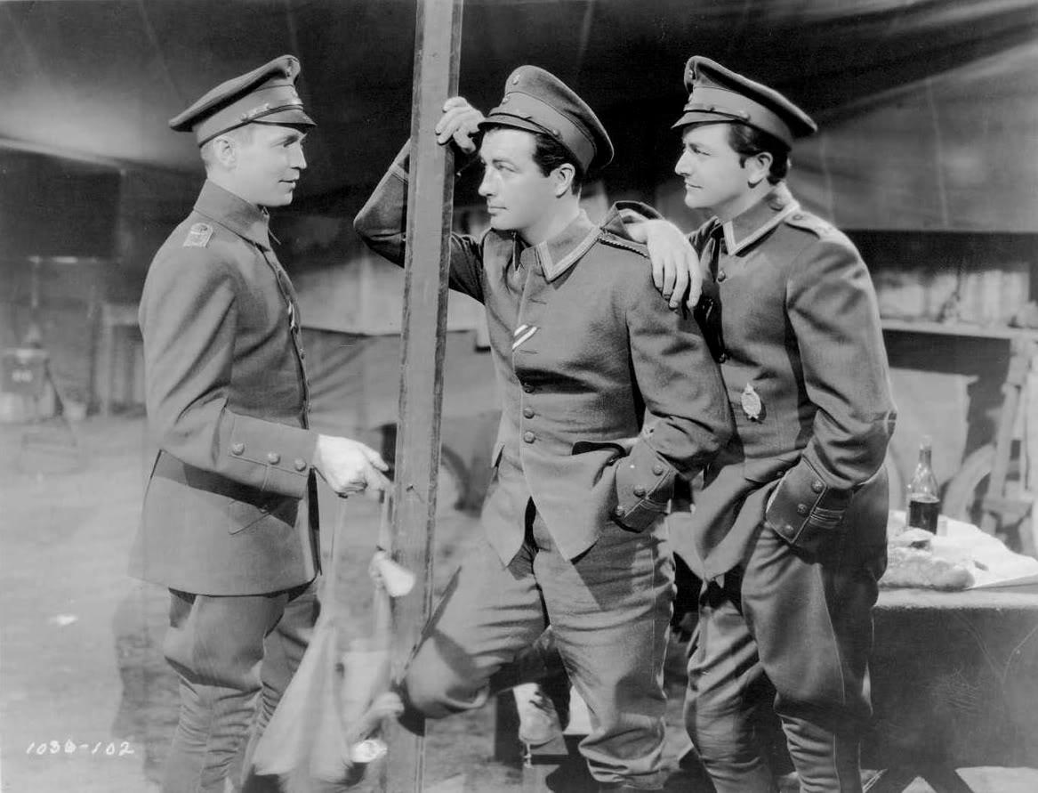 Три товарища (1938)