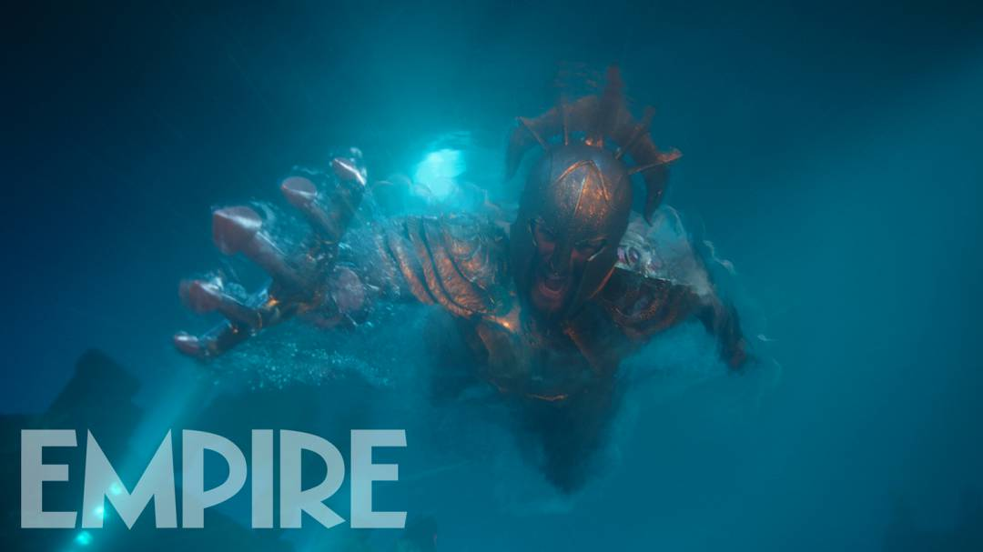 Новые кадры «Аквамена» демонстрируют экшен под водой
